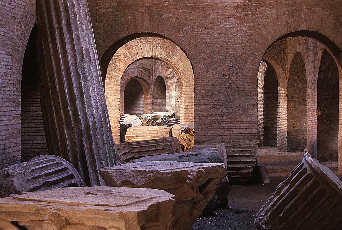 CAMPI FLEGREI, CAMPANIA, NAPOLI: Anfiteatro Flavio, Pozzuoli